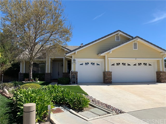 14201 Everglades Court, Canyon Country, CA 91387