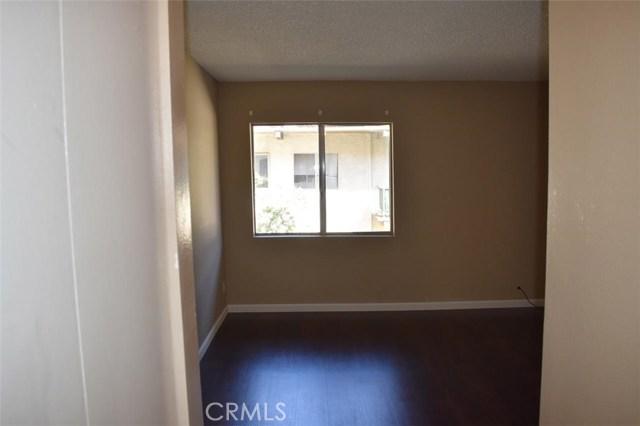 5460 White Oak Ave #15