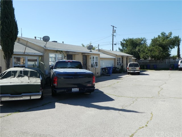 10455 Ilex Avenue, Pacoima, CA 91331