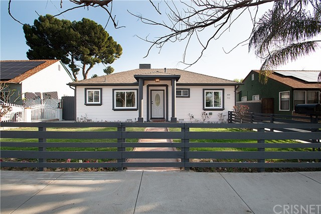 300 N Huntington Street, San Fernando, CA 91340