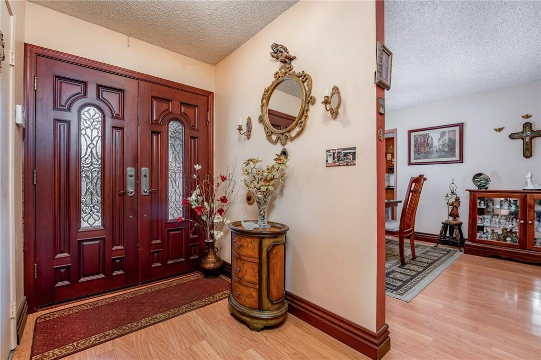 11411 Sunburst St, Lakeview Terrace, CA 91342 Photo 2