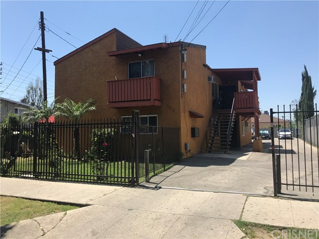 6815 Radford Avenue, North Hollywood, CA 91605