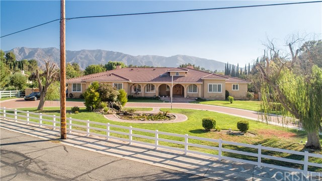 15770 Iron Canyon Road, Canyon Country, CA 91387
