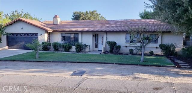 17812 Queensglen Avenue, Lake Los Angeles, CA 93591