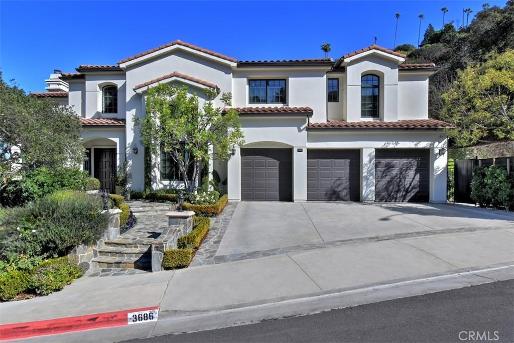 3686  Benedict Canyon Lane