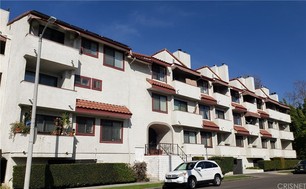 Photo of 4542 COLDWATER CANYON Avenue #2, Studio City, CA 91604