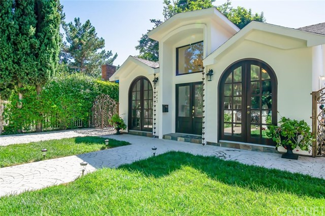 4443 Vesper Avenue, Sherman Oaks, CA 91403
