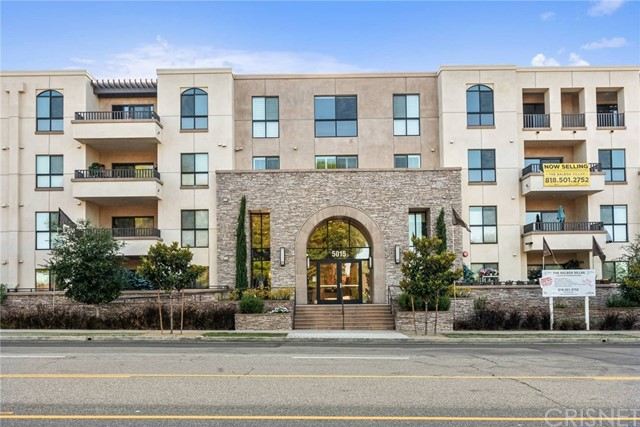 5015 Balboa Boulevard 304, Encino, CA 91316