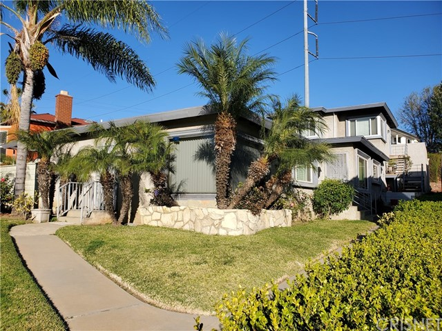 6254 S La Brea Av, Ladera Heights, CA 90056 Photo