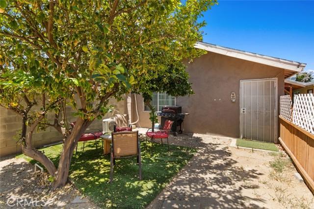 10. 7634 Milwood Avenue Canoga Park, CA 91304