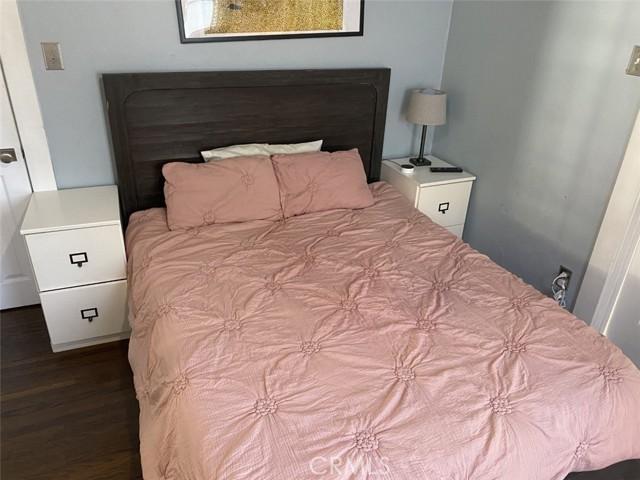 1728 Bedroom