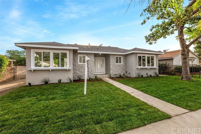 9023 Vena Avenue, Arleta, CA 91331