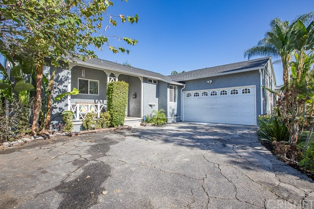 6507 Randi Avenue, Woodland Hills, CA 91303