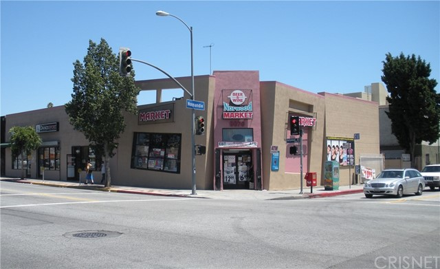 5068 Hollywood Boulevard B, Los Angeles, CA 90027