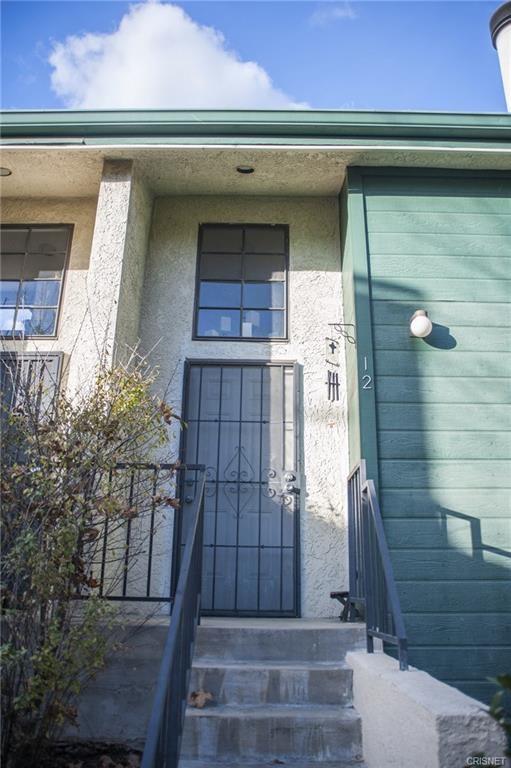 11107 Arminta Street 12, Sun Valley, CA 91352