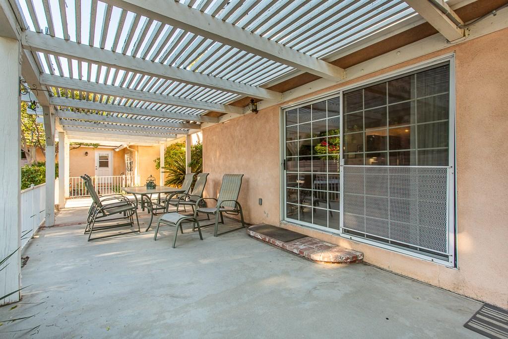 8981 White Oak Av, Sherwood Forest, CA 91325 Photo 29