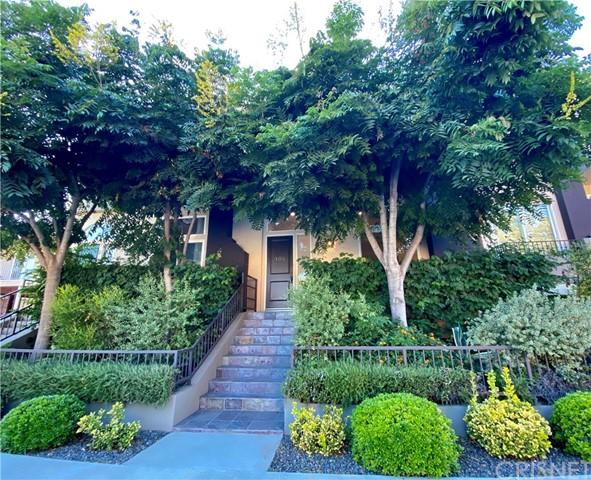 4435 Colfax Avenue 104, Studio City, CA 91602
