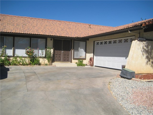 44643 13th Street E, Lancaster, CA 93535