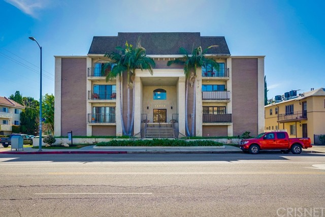 14804 Magnolia Boulevard 10, Sherman Oaks, CA 91403