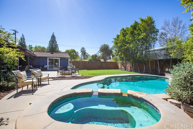 17721 Raymer St, Sherwood Forest, CA 91325 Photo 22