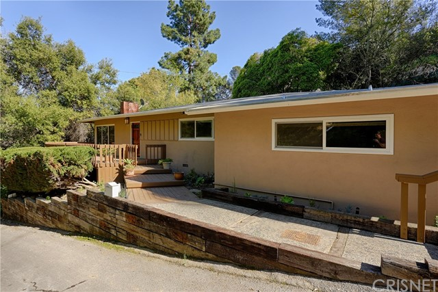 3720 Broadlawn Dr, Los Angeles, CA 90068
