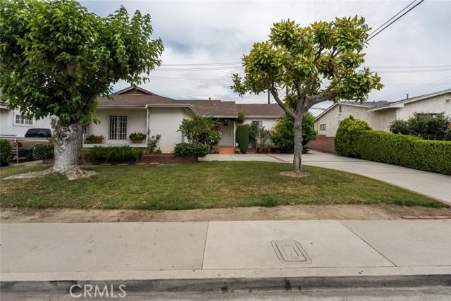 2. 820 Gleneagles Avenue Pomona, CA 91768
