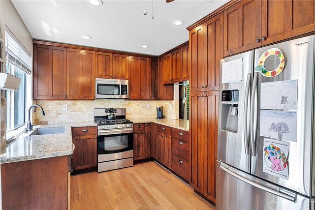 28042 Cascade Rd, Castaic, CA 91384 Photo 9