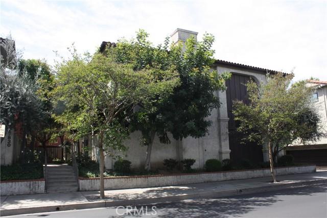 17836 Killion Street A, Encino, CA 91316