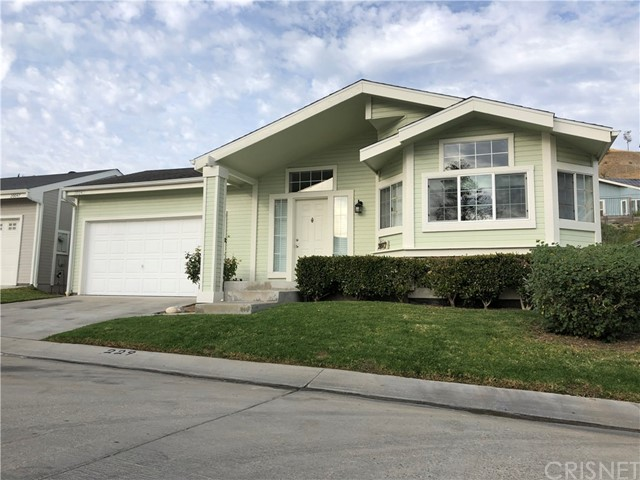 20043 Crestview Drive, Canyon Country, CA 91351