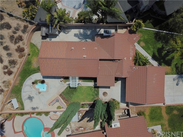 17. 15257 Carla Court Canyon Country, CA 91387