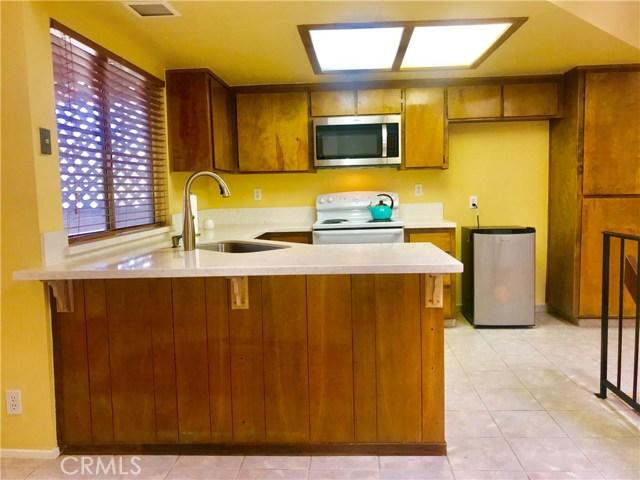2600 Chandler Court 32, Bakersfield, CA 93309
