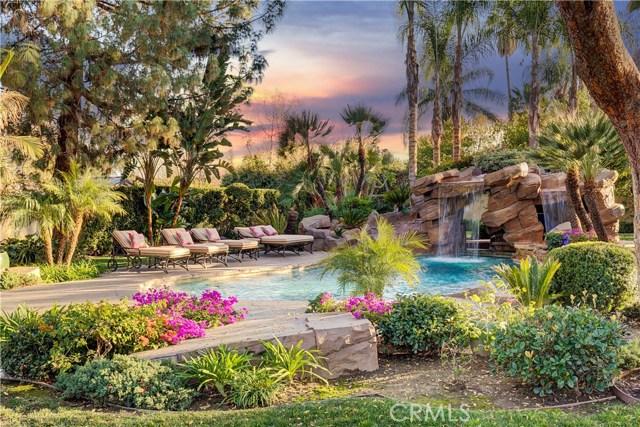 23500 Collins Street, Woodland Hills, CA 91367