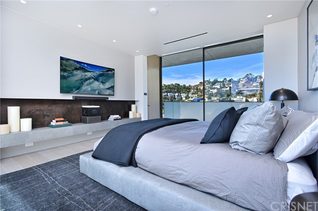 Image 50 of 1807 Blue Heights Dr, Los Angeles, CA 90069