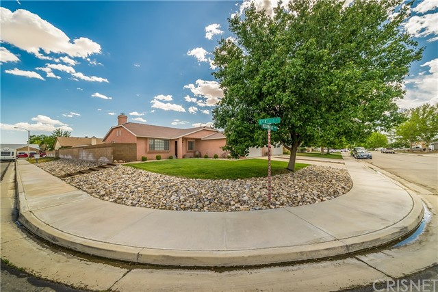 2016 Buckwheat Avenue, Rosamond, CA 93560