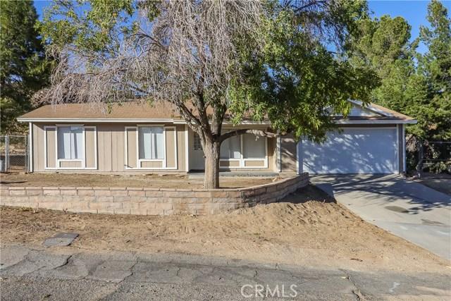 17805 Queensglen Avenue, Palmdale, CA 93591
