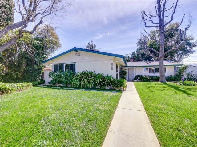 22322 Saticoy Street, Canoga Park, CA 91303