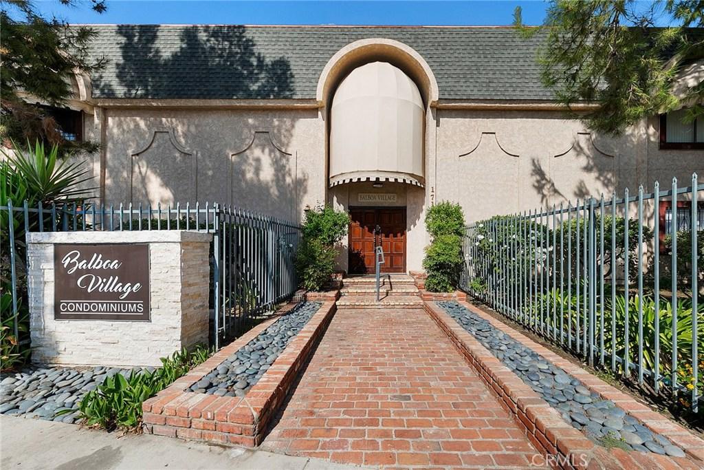 Photo of 17151 ROSCOE BOULEVARD #1, Northridge, CA 91325