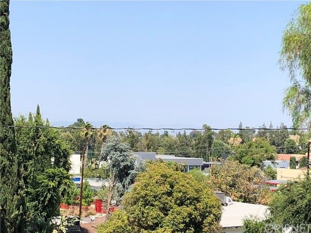 5305 Campo Road, Woodland Hills, CA 91364