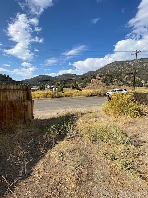228 Lakewood Dr, Frazier Park, CA 93225 Photo 2