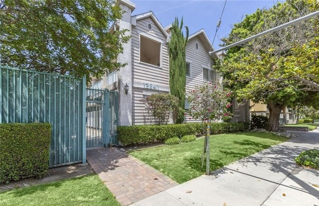 12841 Woodbridge Street 15, Studio City, CA 91604