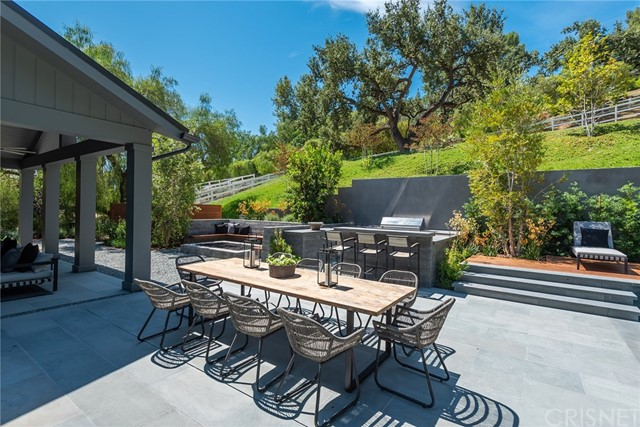 Image 40 of 24760 Long Valley Rd, Hidden Hills, CA 91302