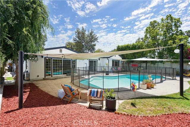 34. 5537 Bevis Avenue Sherman Oaks, CA 91411