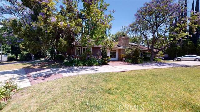 15737 Woodvale Road, Encino, CA 91436