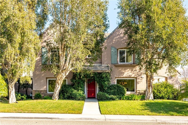 2834 Royal Hills Court, Simi Valley, CA 93065