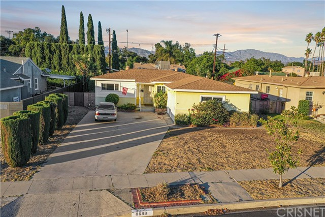8688 Cranford Avenue, Sun Valley, CA 91352