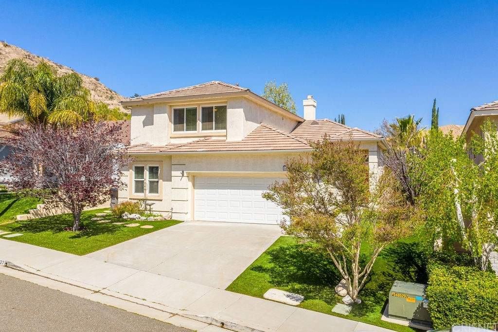 14927     Narcissus Crest Avenue, Canyon Country CA 91387