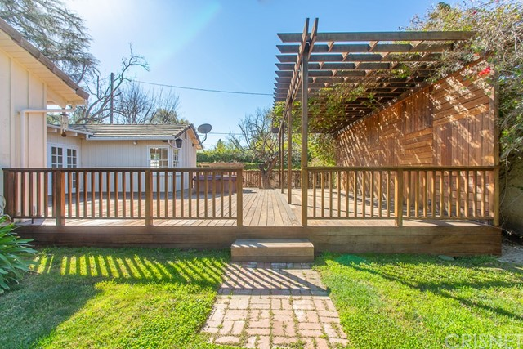 8757 Encino Av, Sherwood Forest, CA 91325 Photo 42