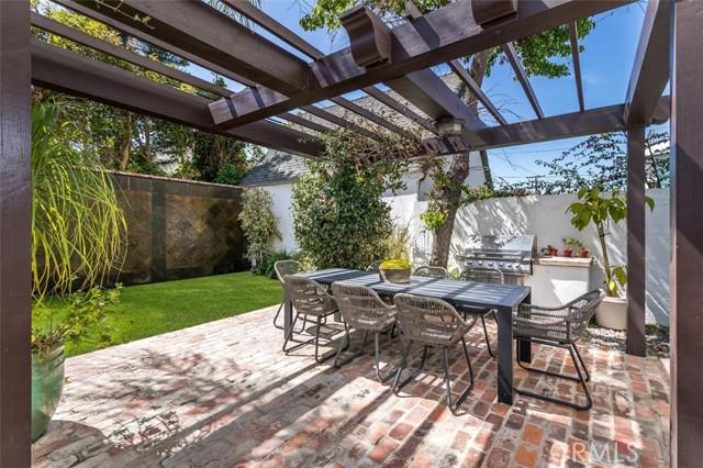 44. 6402 Lindenhurst Avenue Los Angeles, CA 90048