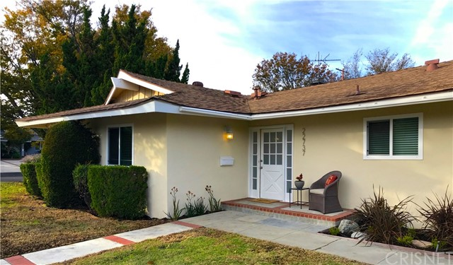 22737 Schoolcraft Street, West Hills, CA 91307