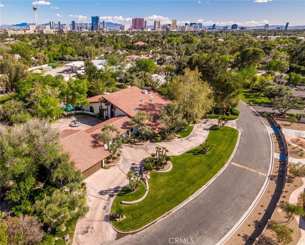 950  Rancho Circle